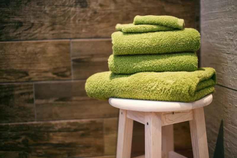 Handtücher waschen: So fühlt es sich wie neu an!