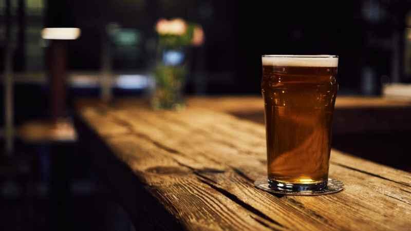 obstfliegen mit bier loswerden