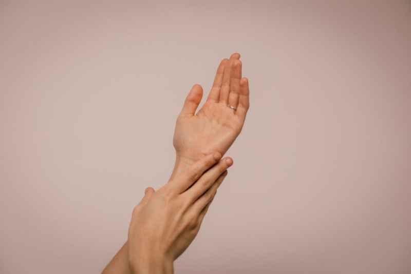 Hände richtig desinfizieren