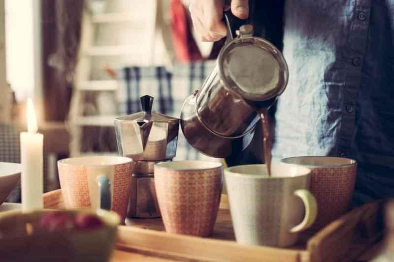 Kaffeekanne reinigen: Für besseren Kaffeegeschmack!