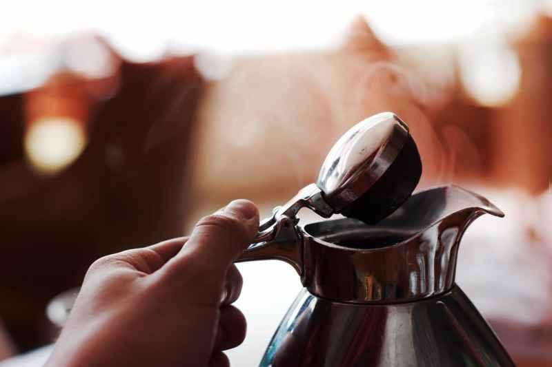 Wasserkocher entkalken: Darauf müssen Sie achten!
