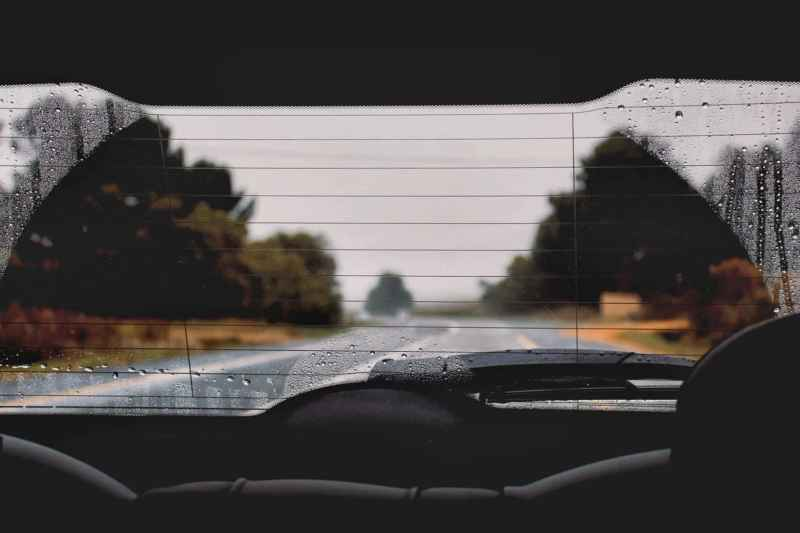 Autoscheiben reinigen: Die beste Anleitung!