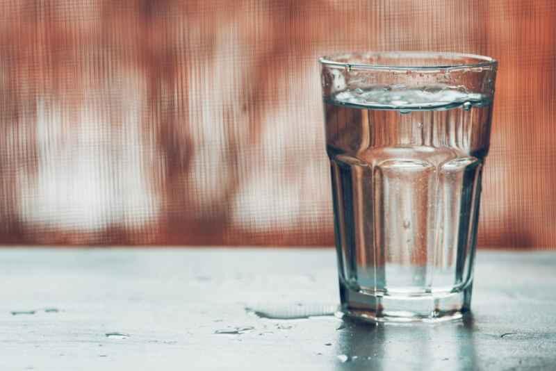 Wasserflecken entfernen Anleitung